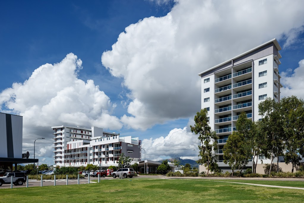Central Kensington Apartments by Vivo | lodging | 1-3 Kingsway Pl, Townsville City QLD 4810, Australia | 0747243378 OR +61 7 4724 3378