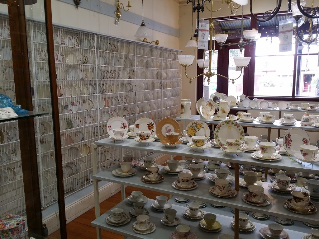 The Restorers Barn | hardware store | 129-133 Mostyn St, Castlemaine VIC 3450, Australia | 0354705669 OR +61 3 5470 5669