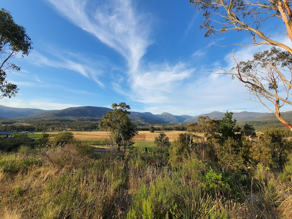 Sleeping Beauty Mountain range lookout point | park | Grove TAS 7109, Australia | 0362640300 OR +61 3 6264 0300