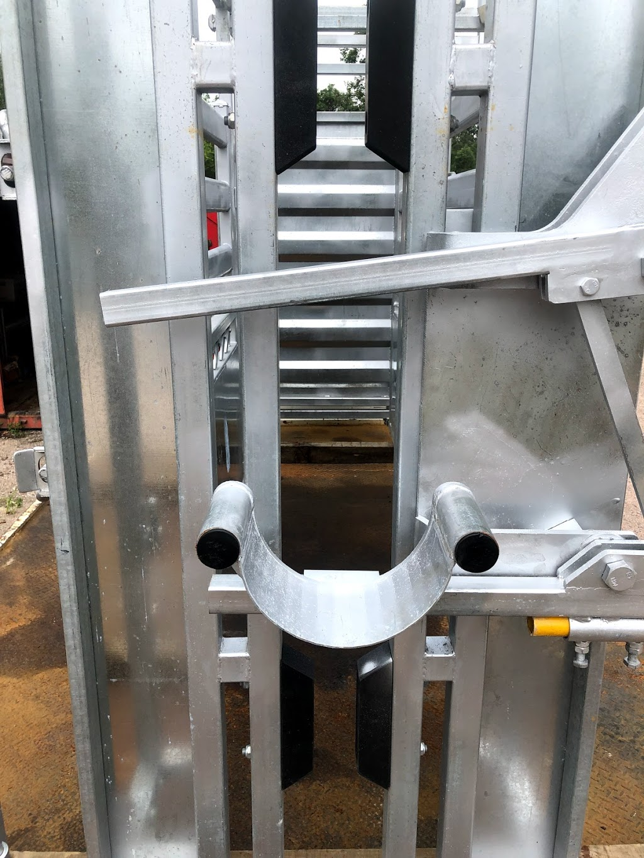 SEQ Rural Steel and Fencing | food | 13-19 J Dobson Rd, Morayfield QLD 4506, Australia | 0418528939 OR +61 418 528 939