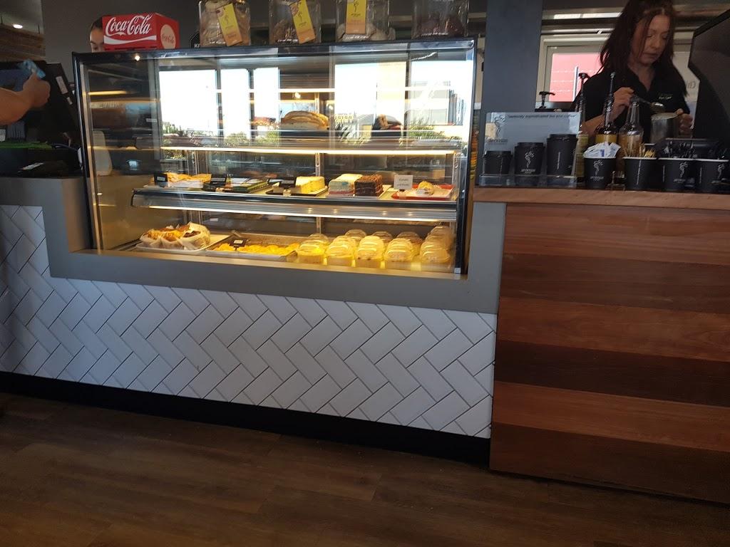 The Island Port Cafe | cafe | Port of Brisbane QLD 4178, Australia | 0738952771 OR +61 7 3895 2771
