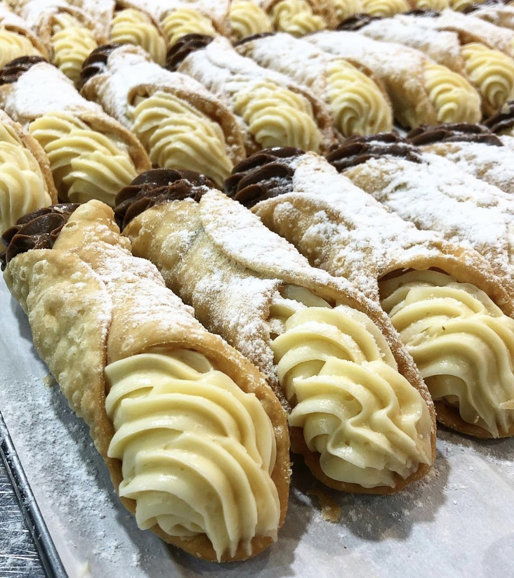 Donnys Donuts | bakery | Mid Valley Shopping Centre, Cnr, Centre Valley Rd, Morwell VIC 3840, Australia | 0403535499 OR +61 403 535 499