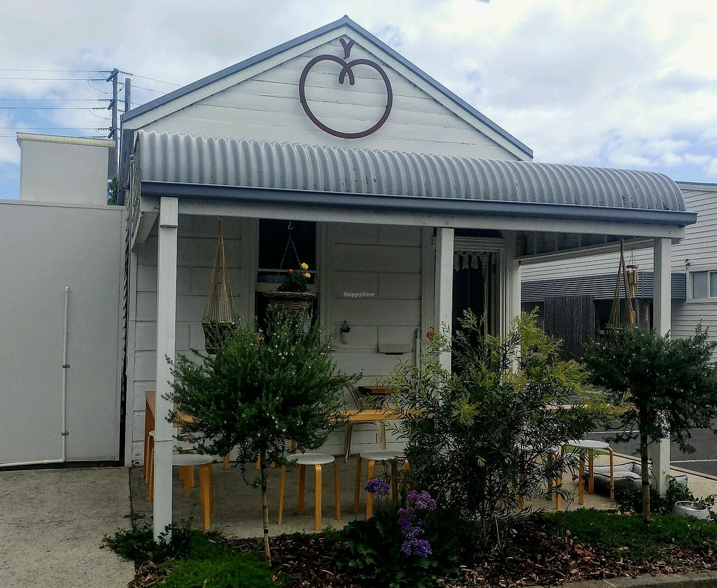 Conscious Cravings Co | cafe | 8/475 Moorooduc Hwy, Moorooduc VIC 3933, Australia | 0409742695 OR +61 409 742 695
