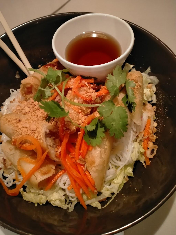 Sings Asian Kitchen | restaurant | 4/377 Cavendish Rd, Coorparoo QLD 4151, Australia | 0733972881 OR +61 7 3397 2881