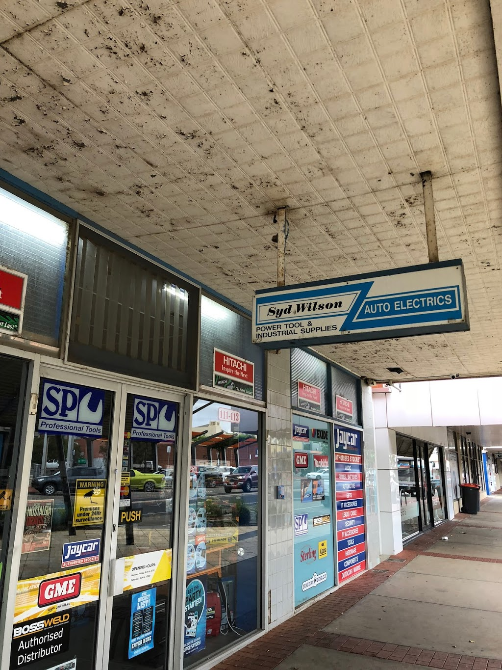 Syd Wilson Auto Electrics   store   111-113 Campbell St, Swan Hill VIC 3585, Australia   0350322005 OR +61 3 5032 2005