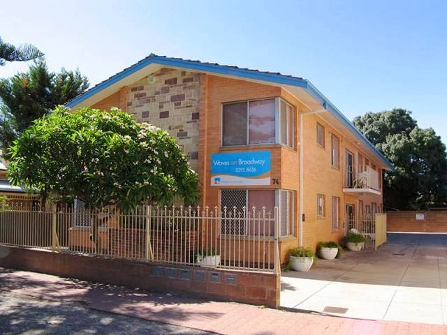 Glenelg Holiday Apartments | real estate agency | 74 Broadway, Adelaide SA 5045, Australia | 0882943141 OR +61 8 8294 3141