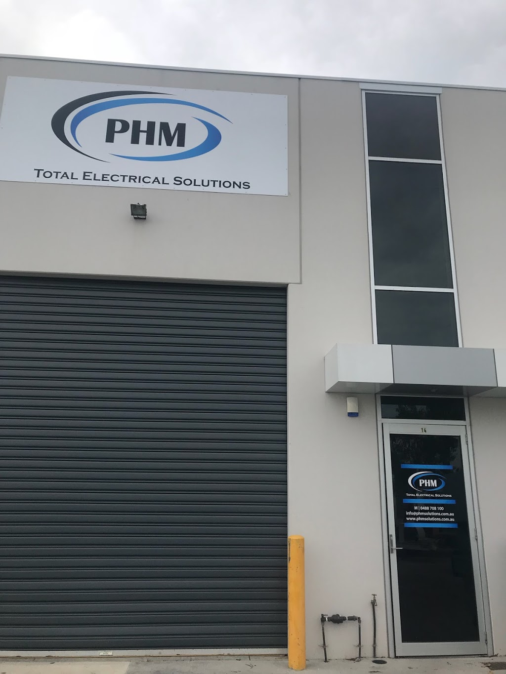 PHM Total Electrical Solutions | electrician | 14/74 Thomsons Rd, Keilor Park VIC 3042, Australia | 0393315643 OR +61 3 9331 5643