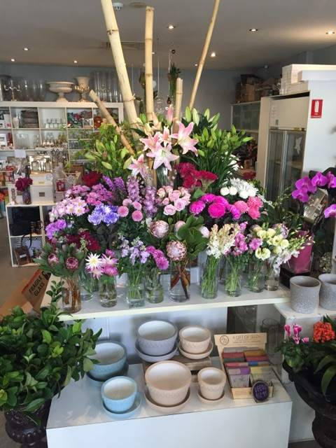 Code Bloom | florist | 4/148 Scarborough Beach Rd, Mount Hawthorn WA 6016, Australia | 0894448604 OR +61 8 9444 8604