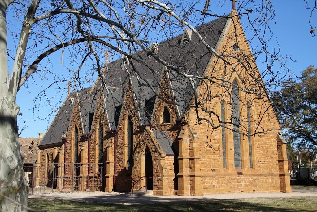 Saint Johns Anglican Church | church | 1 Court St, Forbes NSW 2871, Australia | 0268512800 OR +61 2 6851 2800