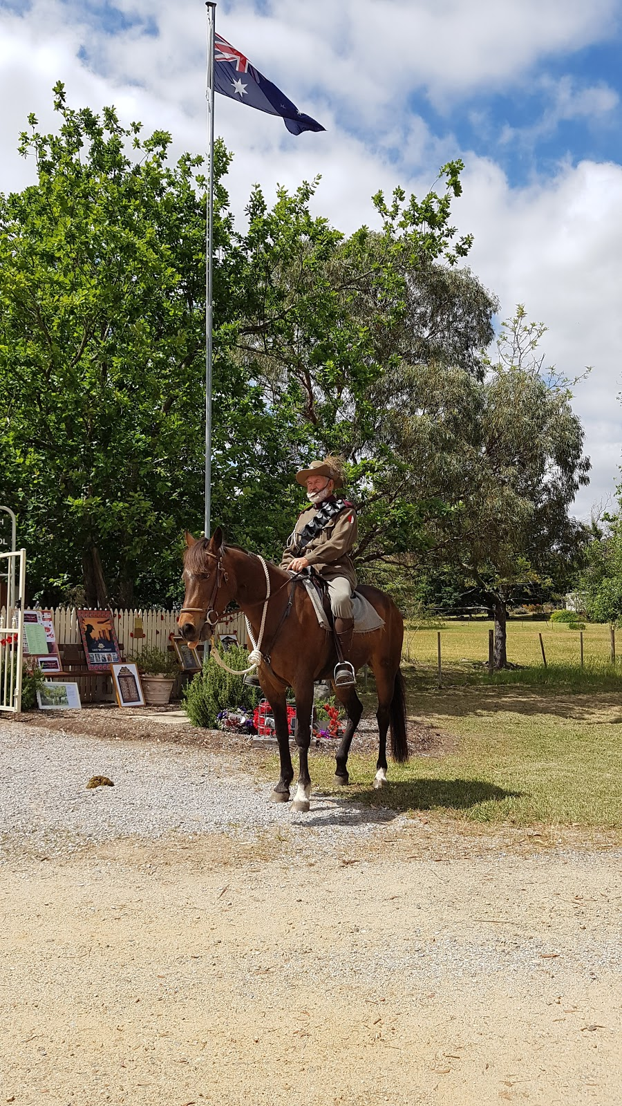 Avenue of Honour | point of interest | 27 Buchan S Rd, Buchan South VIC 3885, Australia | 0351559524 OR +61 3 5155 9524
