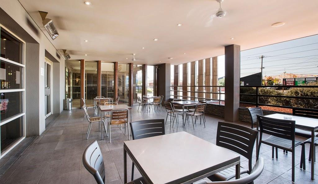 Ashley Hotel | lodging | 226 Ballarat Rd, Braybrook VIC 3019, Australia | 0393179257 OR +61 3 9317 9257