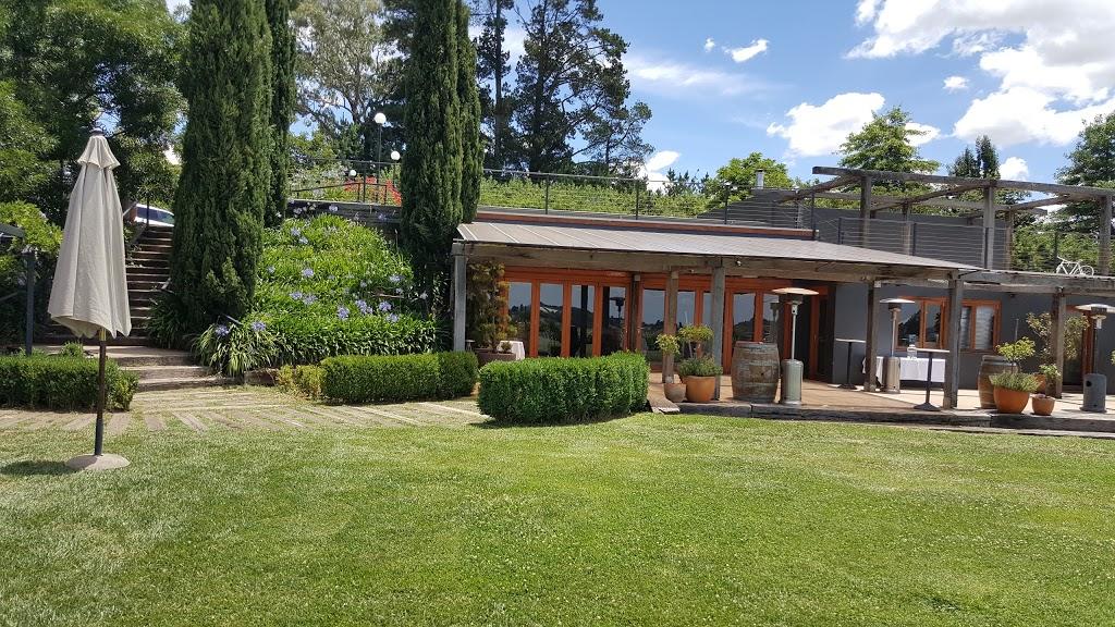 Sisters Rock Restaurant | restaurant | 298 Lake Canobolas Rd, Canobolas NSW 2800, Australia | 0438865217 OR +61 438 865 217