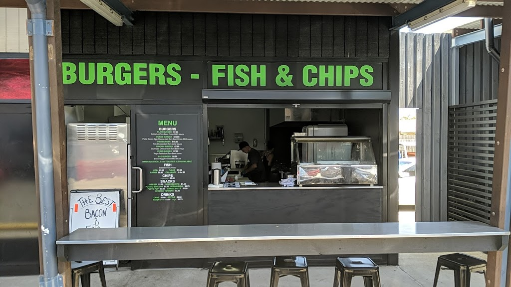 Hole In The Wall - Burgers Fish & Chips | restaurant | 2/946 David Low Way, Marcoola QLD 4564, Australia | 0411400686 OR +61 411 400 686