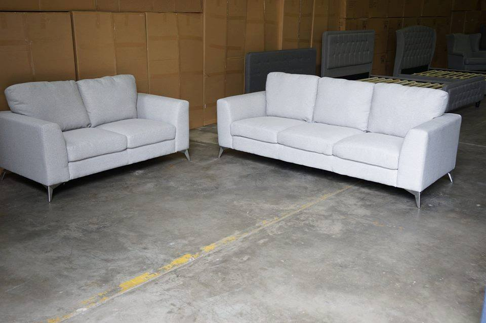 Discount Furniture Store | furniture store | 2/84 Boundary Rd, Oxley QLD 4075, Australia | 0450357557 OR +61 450 357 557
