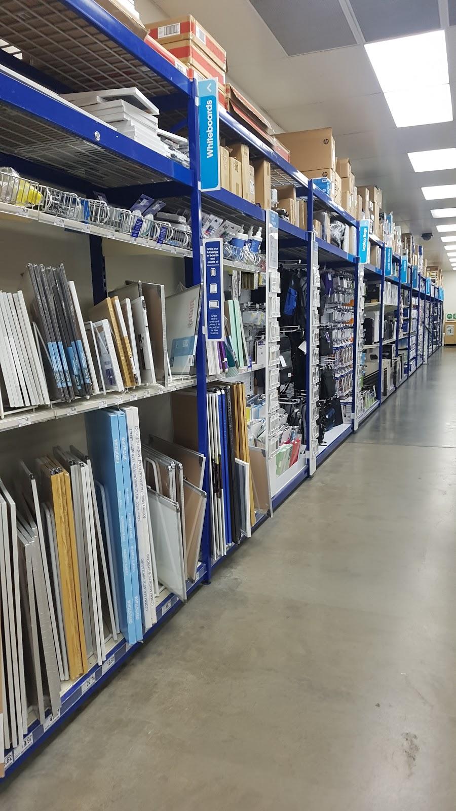 Officeworks Cranbourne   electronics store   Cranbourne Homemaker Center, 11/398 S Gippsland Hwy, Cranbourne VIC 3977, Australia   0359913200 OR +61 3 5991 3200