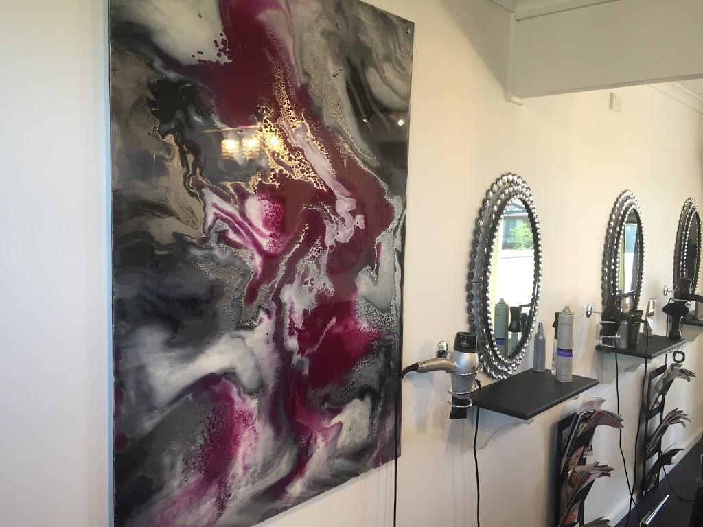 De Lorenzo Hair   hair care   105 Battye Rd, Encounter Bay SA 5211, Australia   0885525589 OR +61 8 8552 5589