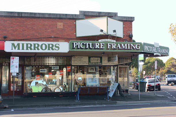 Kosnar's Picture Framing and Mirrors Shop - Store | 488 Mt