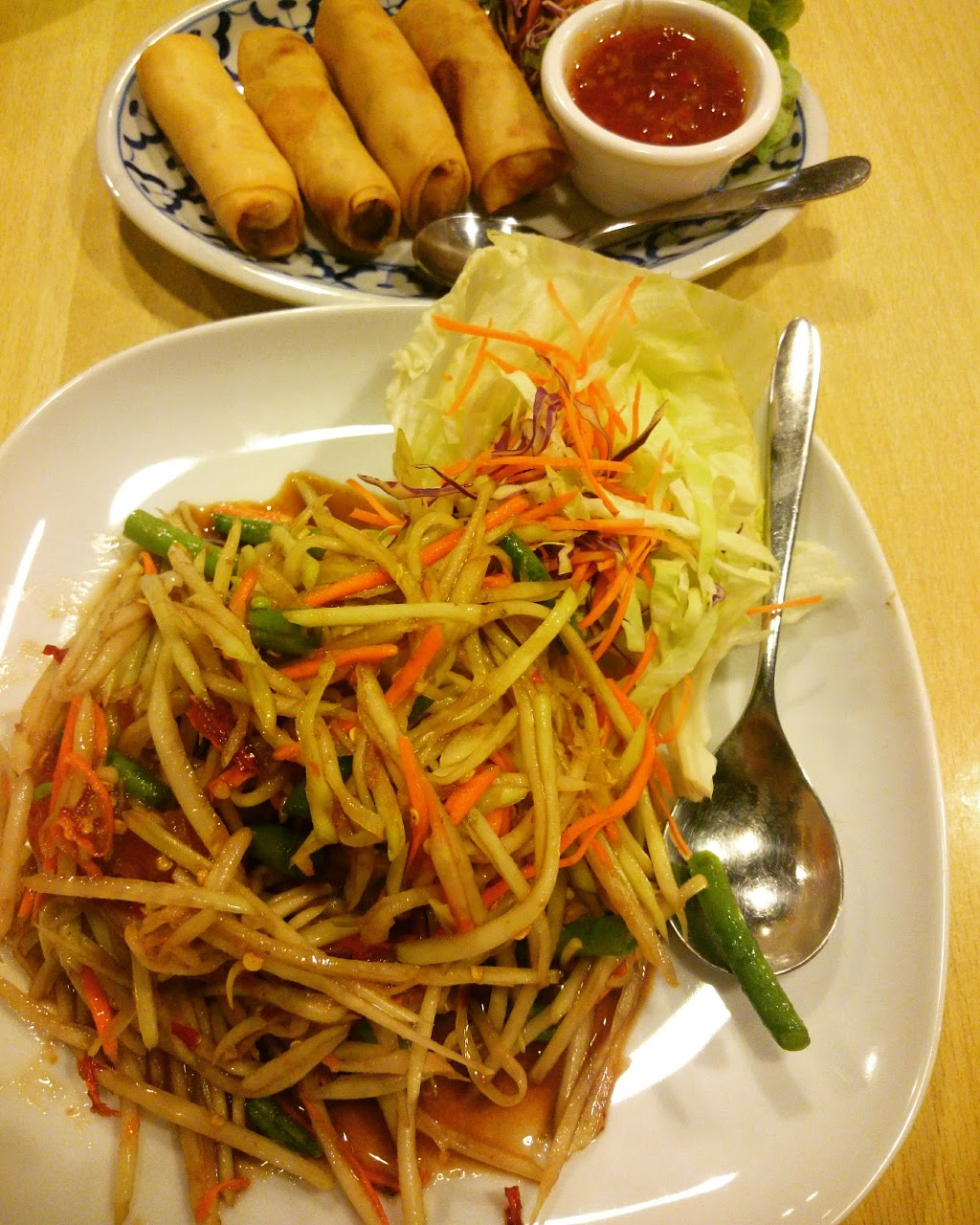 Two Sisters Lao Thai Cuisine - Civic | meal delivery | 111 London Circuit, Canberra ACT 2600, Australia | 0262627594 OR +61 2 6262 7594