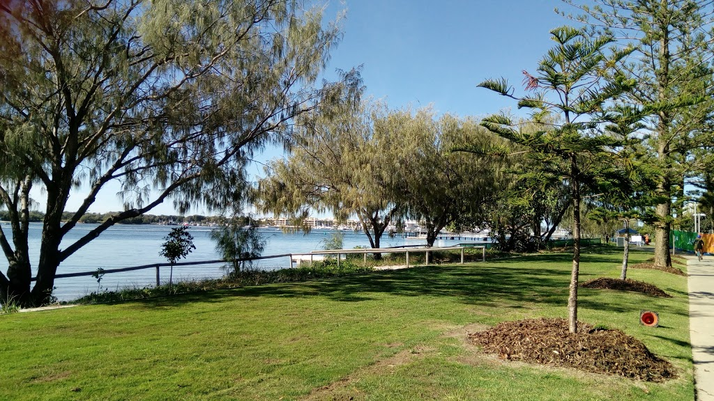 Broadwater Parklands | park | Marine Parade, Southport QLD 4215, Australia | 0755816984 OR +61 7 5581 6984
