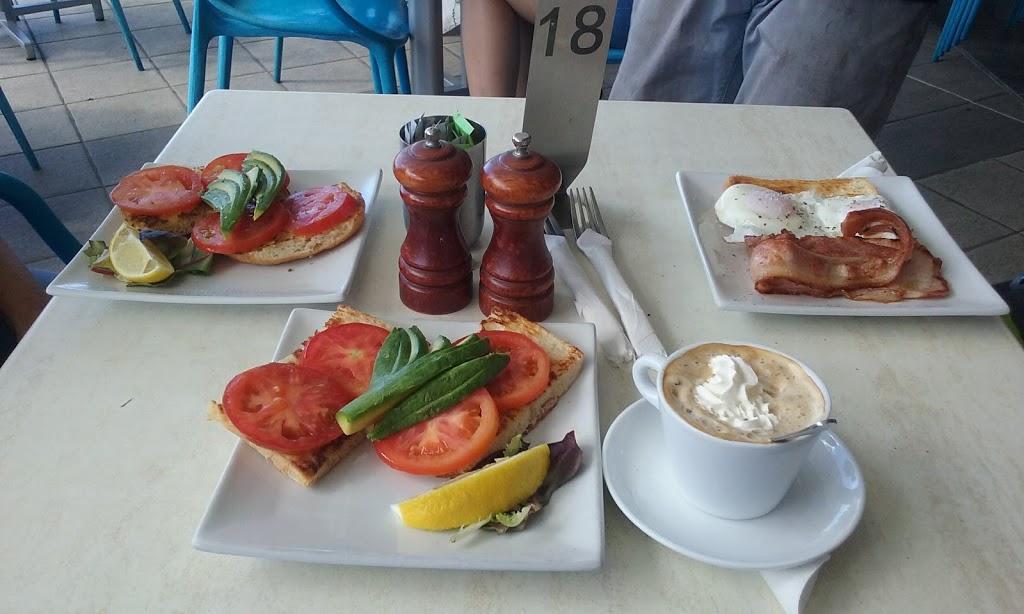 Beach Cafe | cafe | Aqua, 300 Marine Parade, Southport QLD 4215, Australia | 0755712778 OR +61 7 5571 2778