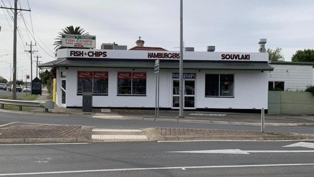 Scorchz Takeaway | meal takeaway | 199 Midland Hwy, Sebastopol VIC 3356, Australia | 0353361525 OR +61 3 5336 1525