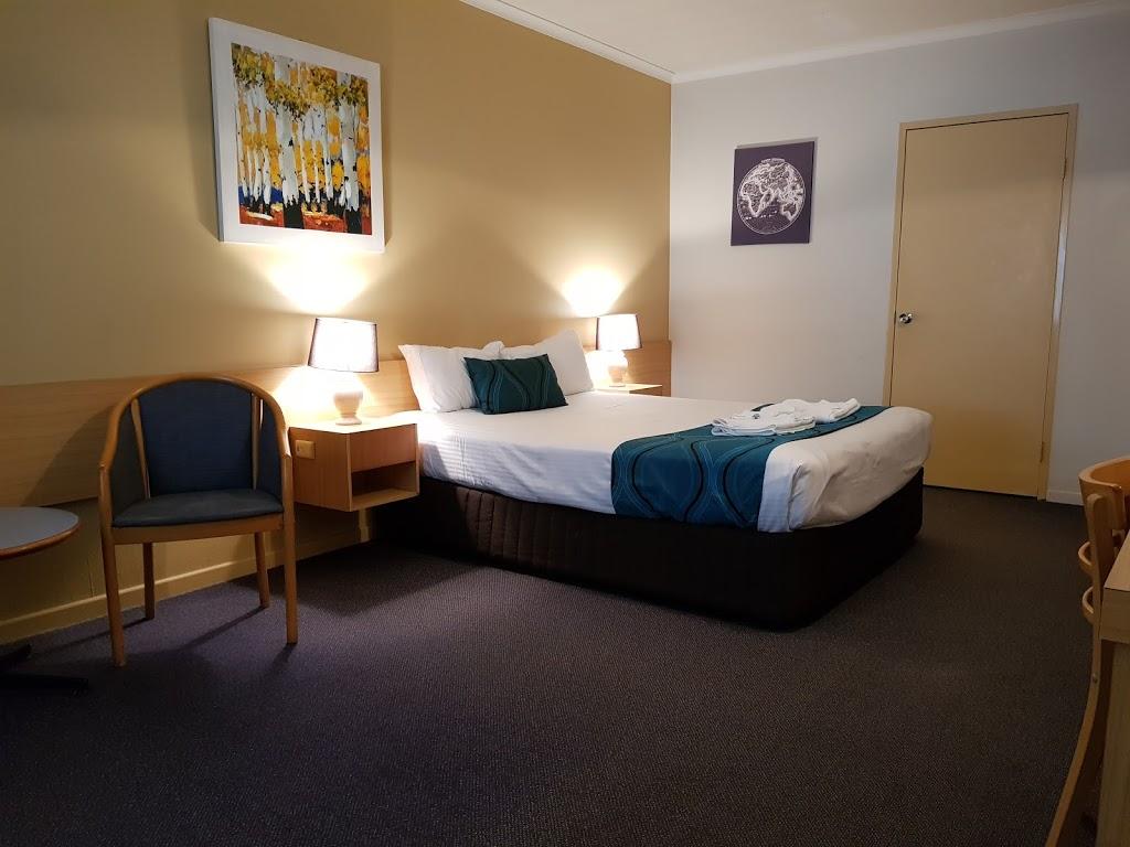 The Q Motel | lodging | 112/116 Gladstone Rd, Allenstown QLD 4700, Australia | 0749278866 OR +61 7 4927 8866
