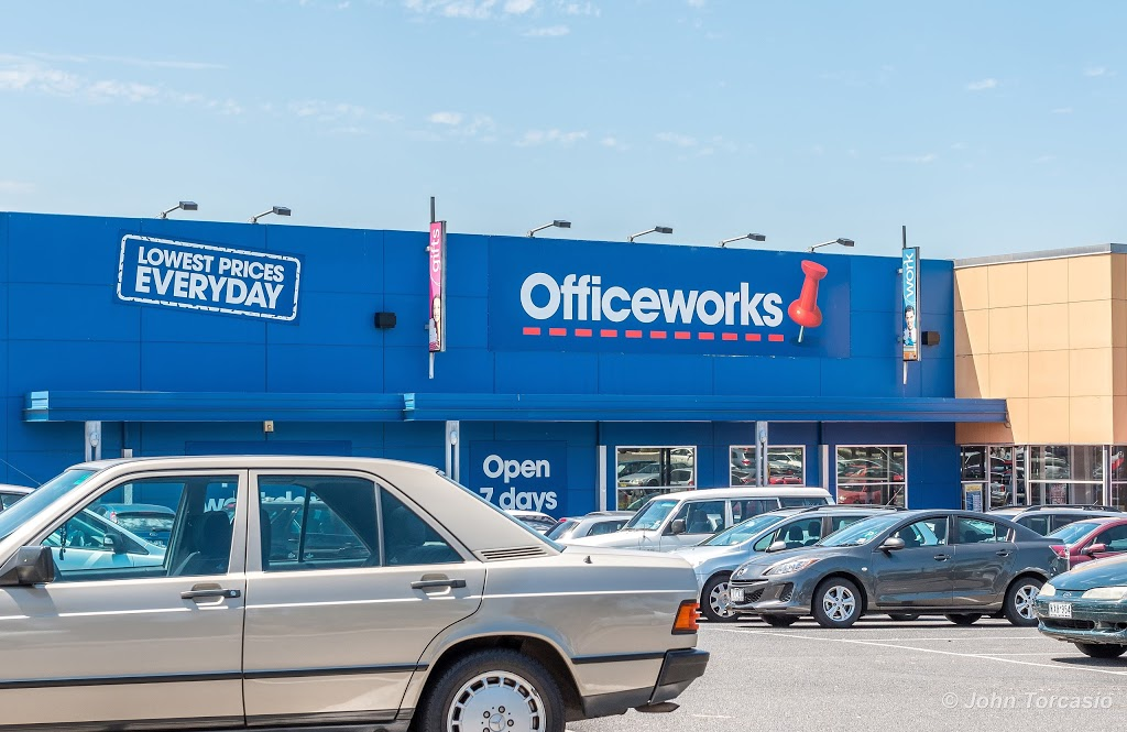 Officeworks Campbellfield | electronics store | 1434-1458 Hume Highway, Campbellfield VIC 3061, Australia | 0393584000 OR +61 3 9358 4000