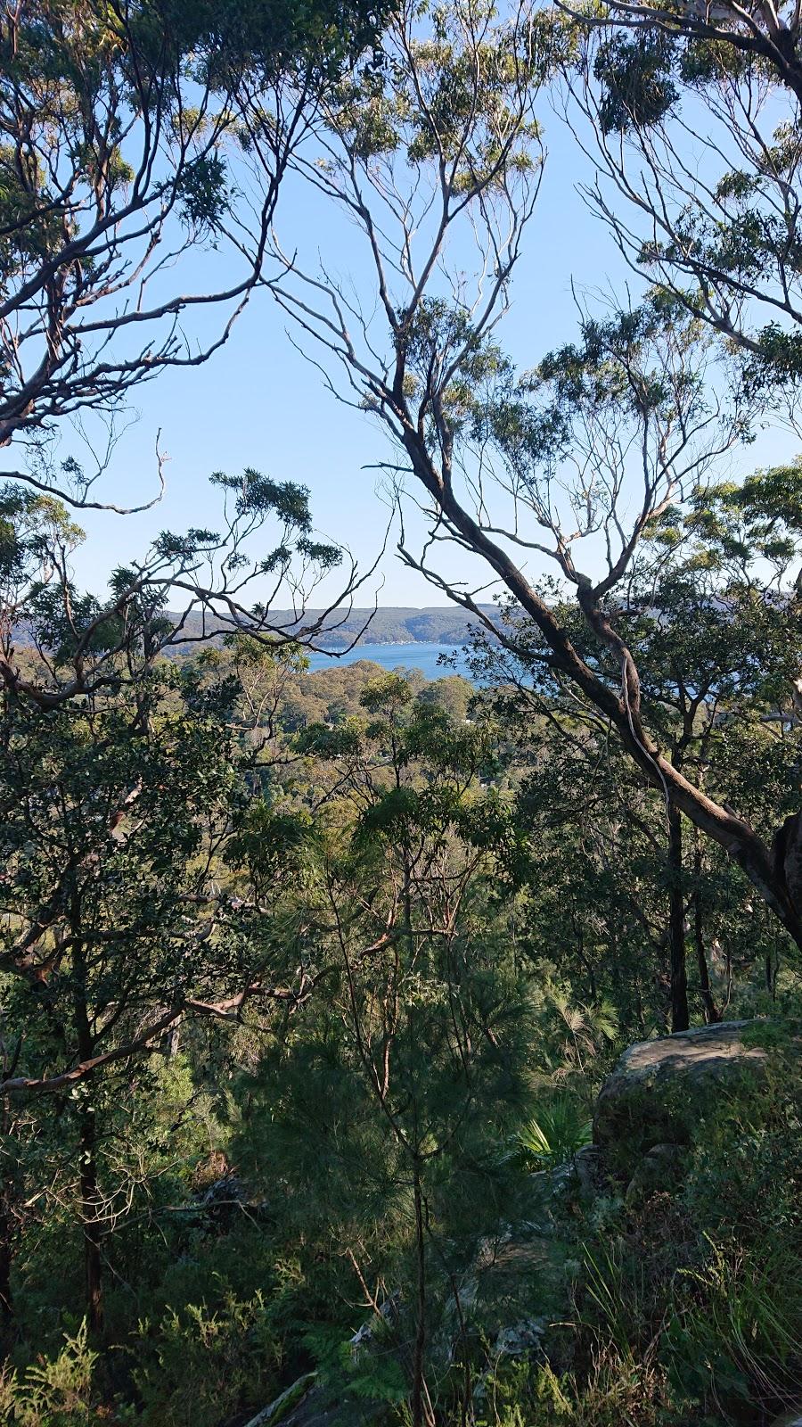 Stapleton Reserve | park | 11/13 Riviera Ave, Avalon Beach NSW 2107, Australia