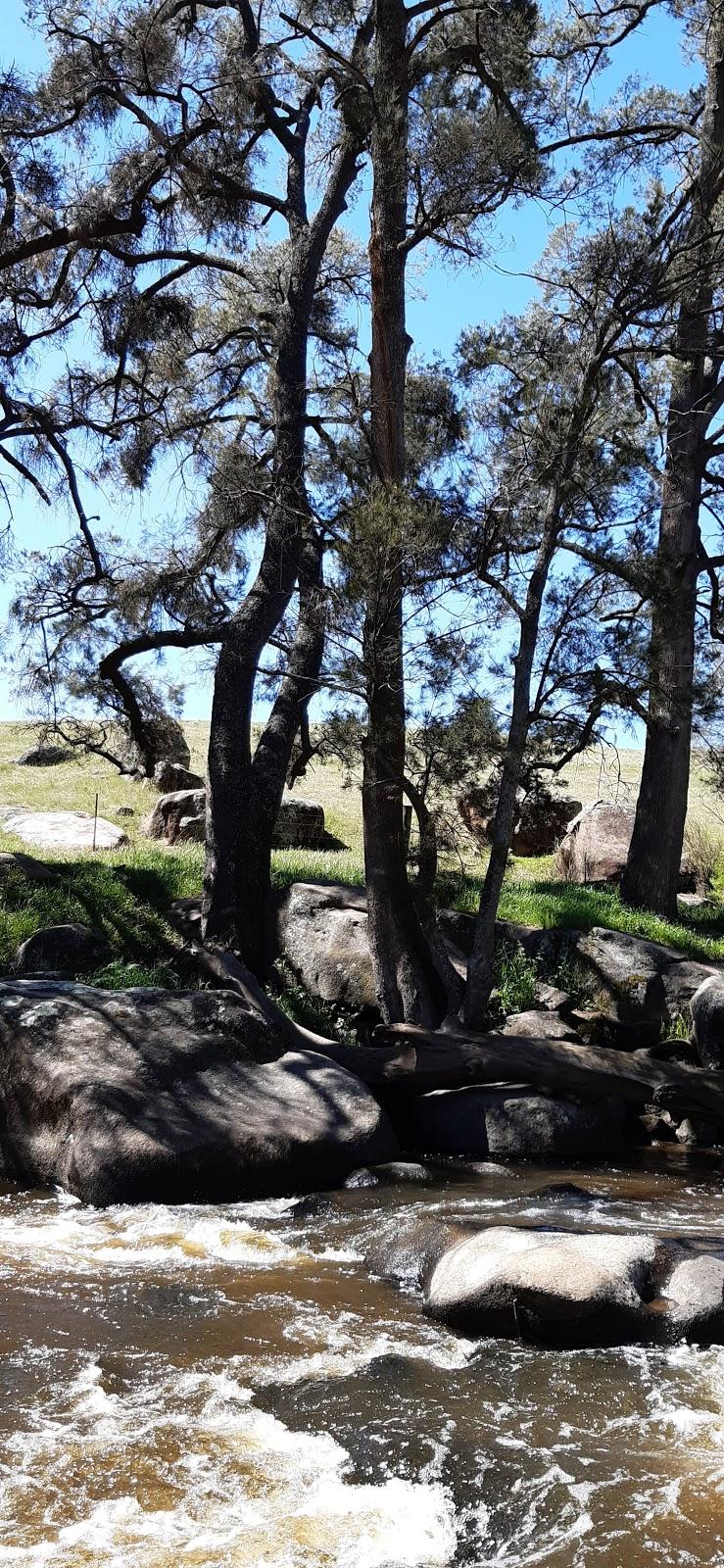 Flat Rock Picnic Area   point of interest   Mutton Falls Rd, OConnell NSW 2795, Australia