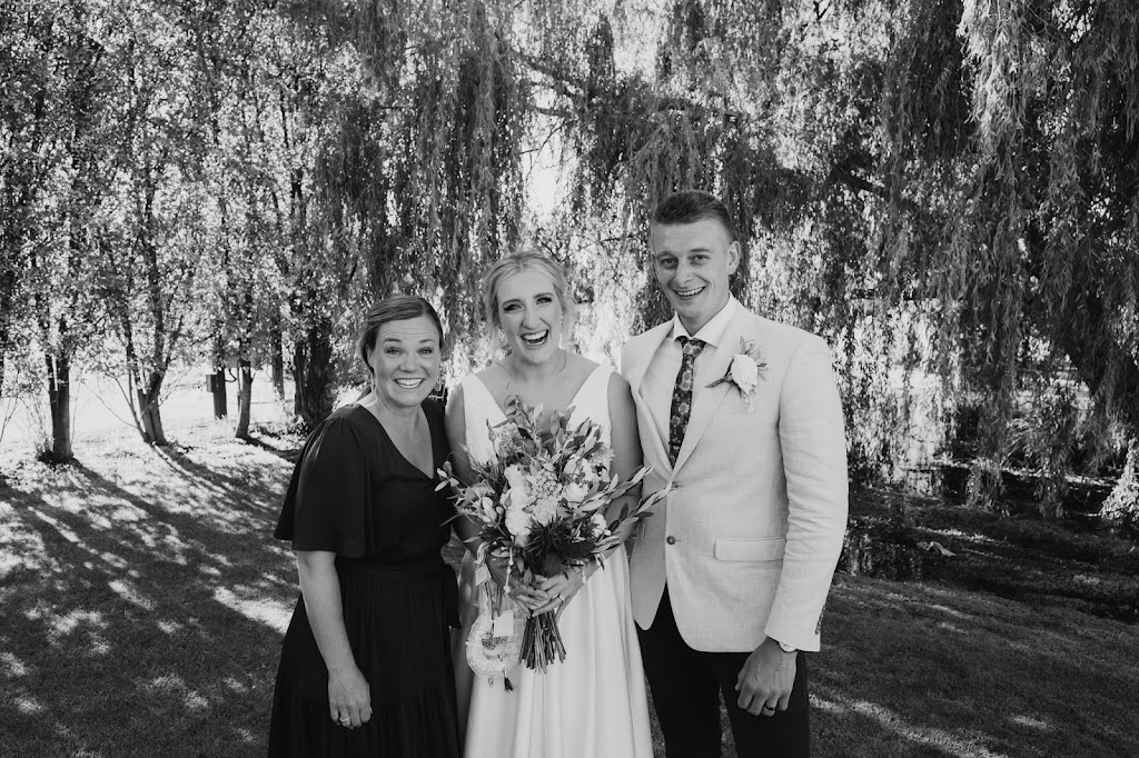 Abbie Frew Celebrant | point of interest | Weeroona Rd, Langwarrin South VIC 3911, Australia | 0427830553 OR +61 427 830 553