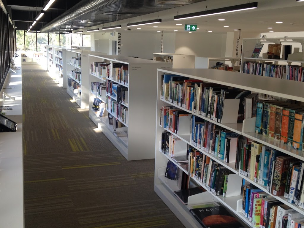Wellington Library Service | library | 70 Foster St, Sale VIC 3850, Australia | 0351423575 OR +61 3 5142 3575