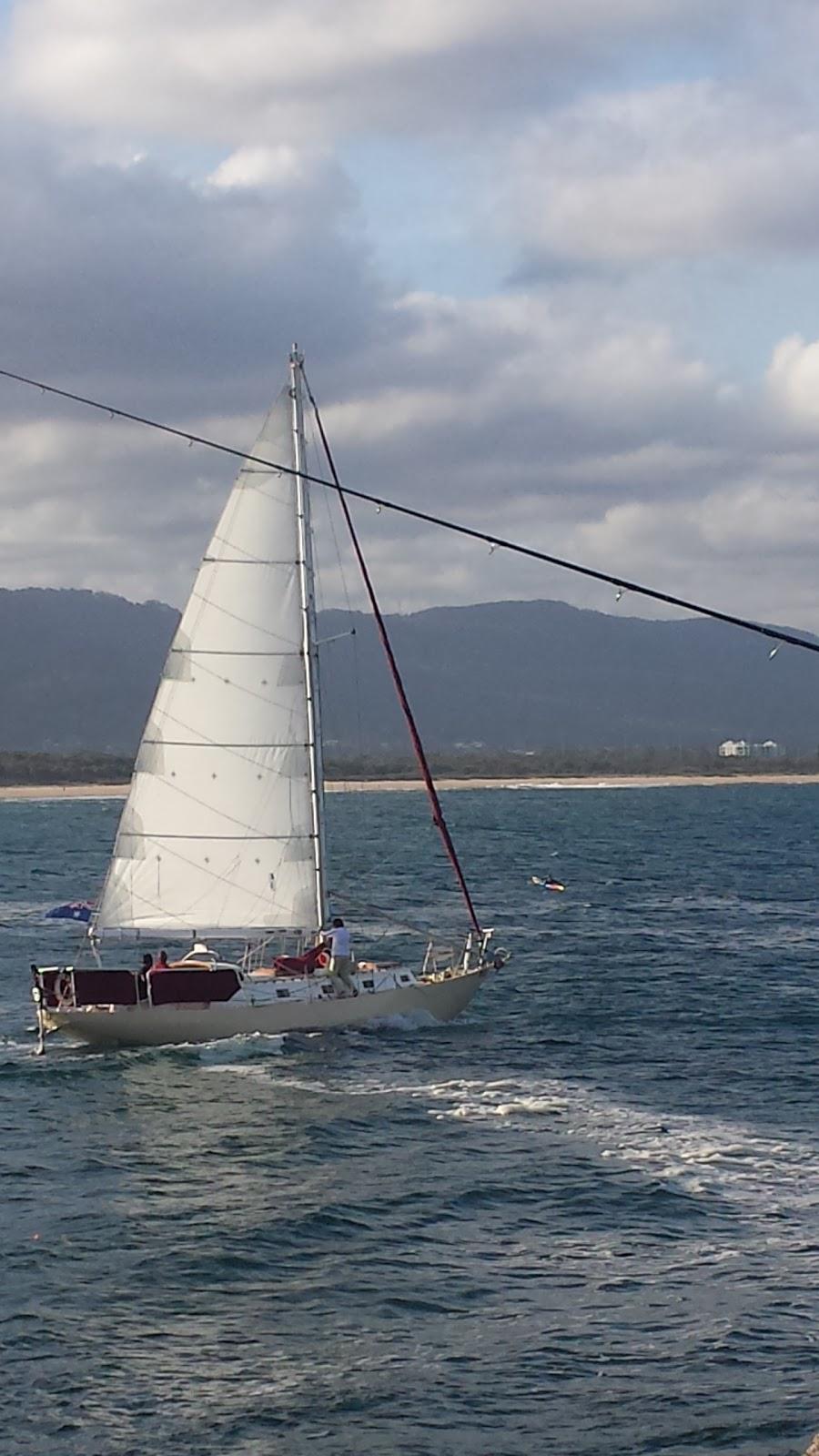 Wollongong City Beach | park | 1 Marine Dr, Wollongong NSW 2500, Australia | 0242283188 OR +61 2 4228 3188