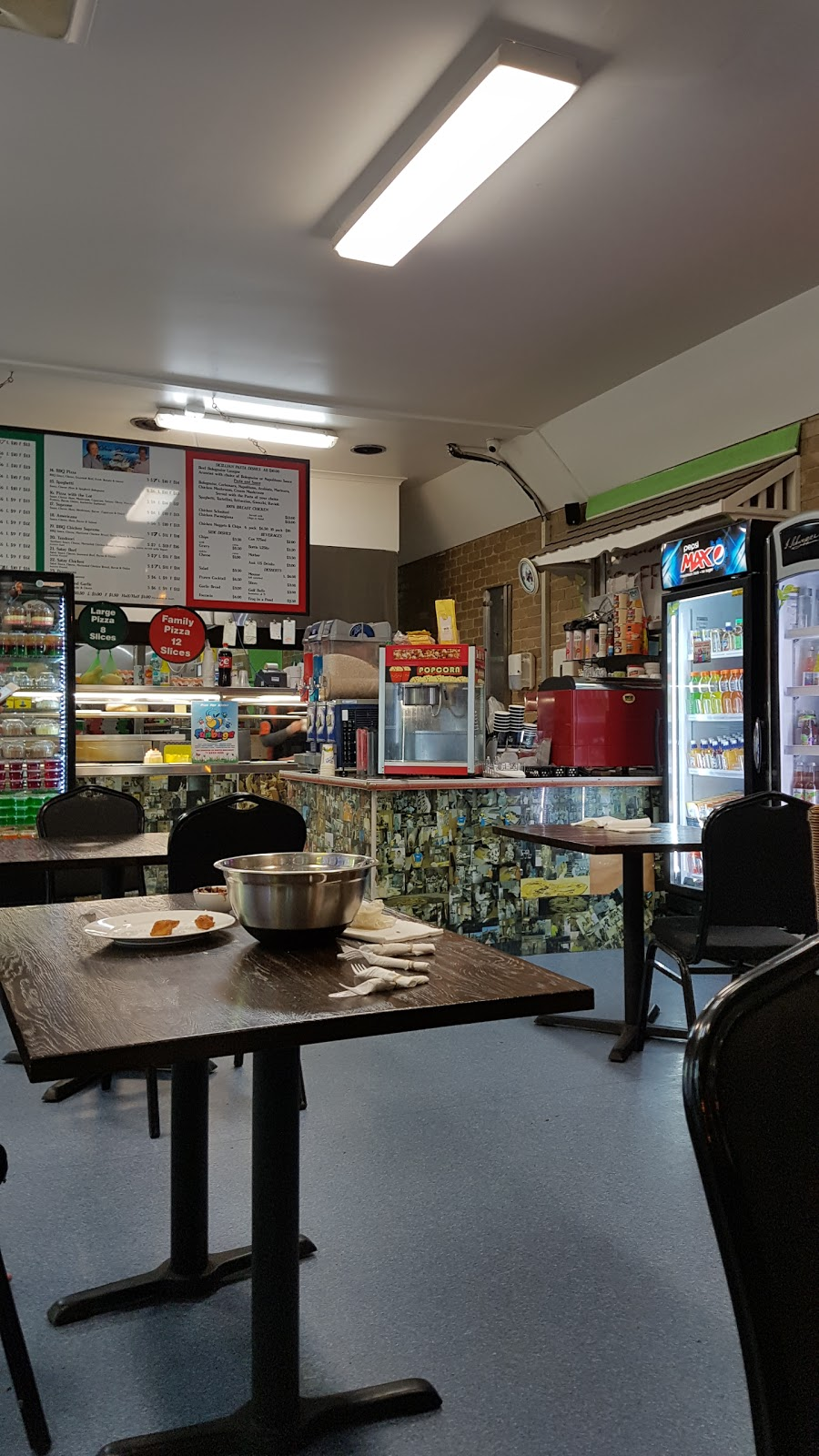 Don Chichios Pizza & Pasta | meal delivery | 907A Howitt Street, Wendouree VIC 3355, Australia | 0353396100 OR +61 3 5339 6100