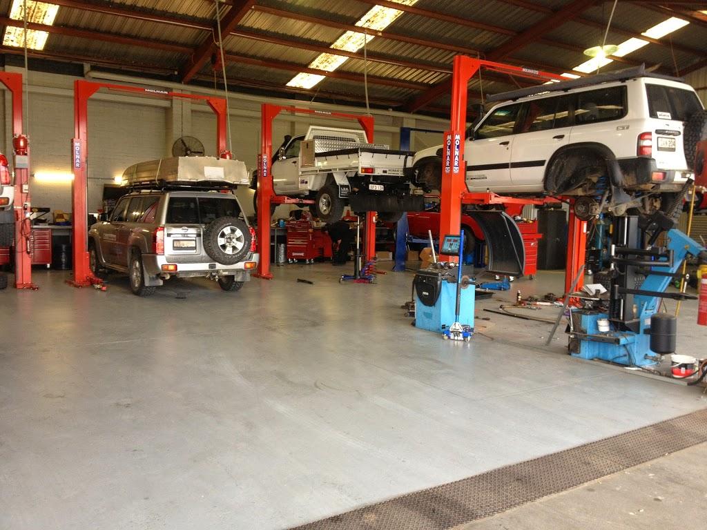 Albury 4WD Service Centre   car repair   Australia, 408 Griffith Rd, Lavington NSW 2641, Australia   0260253468 OR +61 2 6025 3468